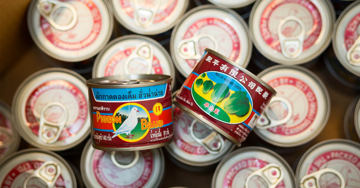 'สูตรลับตรานกพิราบ' จากผักกาดดองในไห สู่สินค้าที่ขายปีละกว่าล้านกระป๋องมานานกว่า 60 ปี