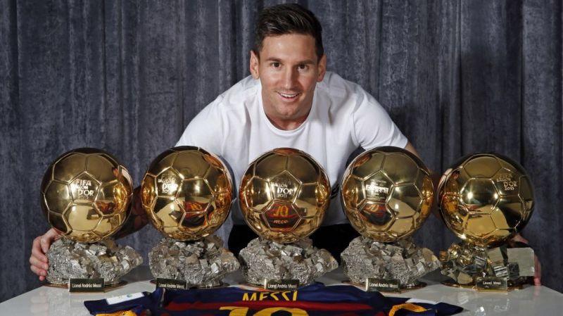 Ronaldo VS Messi 5 Gold Ball
