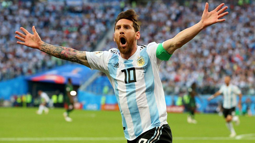 Ronaldo Messi Inside