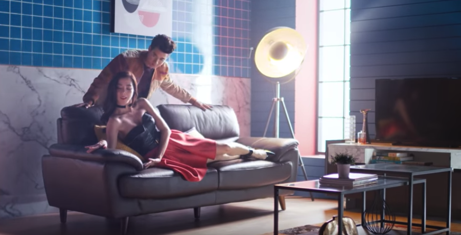 """เมื่อ """"มาริโอ้"""" featuring กับ """"ไอซ์""""  ไอเดียการตลาด Koncept Furniture ที่ """"มาริโอ้"""" ต้องเลือก"""